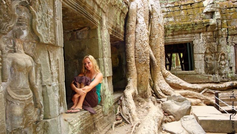 Cambodia_TaPromTemple_Beccajarrett_travelblogger