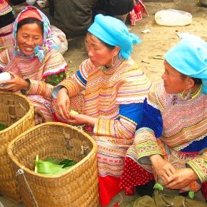 Travel Inspiration: Bắc Hà Sunday Market in the Northern Highlands of Vietnam