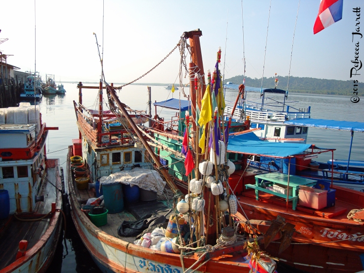 Boats_KhaoLakharbor_thailand_travel