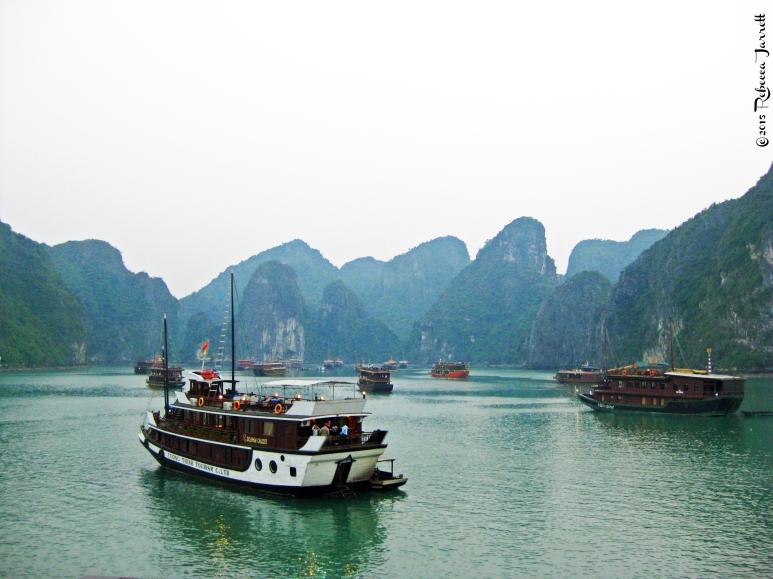 HalongbayKarsts_vietnam_junks_travelblog_rebeccajarrett