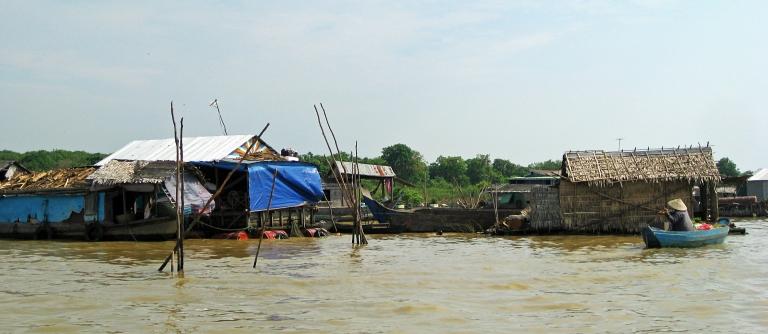 tonlesaptravelblogpostheader_cambodia_travel