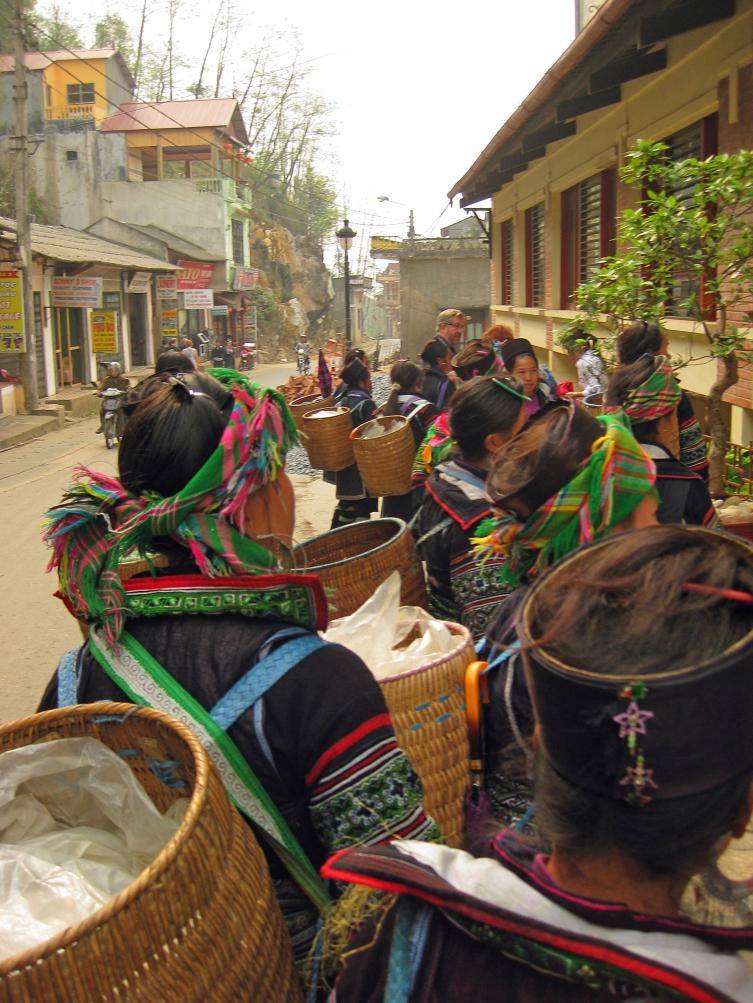 SaPavietnam_tourguides_thepersephoneperspective_travelblog