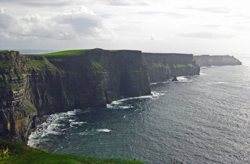 TheCliffsofMoher_Ireland_thepersephoneperspective_travelblog